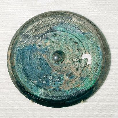 Koyadani Kofun Artifact - Sankakubuchi Shinjukyo