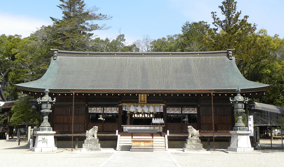Izanagi-jingu Shinto Shrine: Hall of worship
